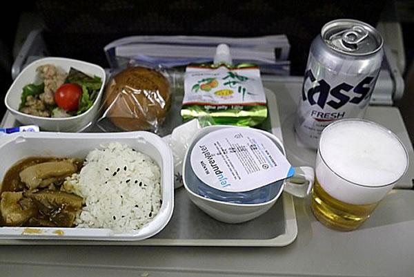 2015年12月 大韓航空 KE2710 機内食