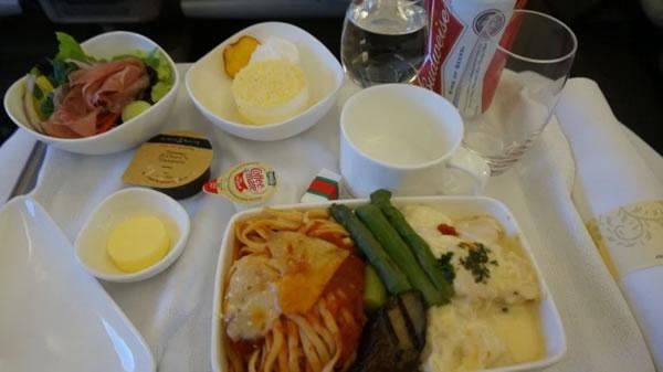 2016年4月 アシアナ航空 OZ1045 機内食