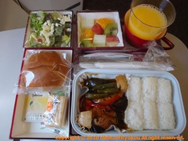 2011年7月 アシアナ航空 OZ1075 機内食