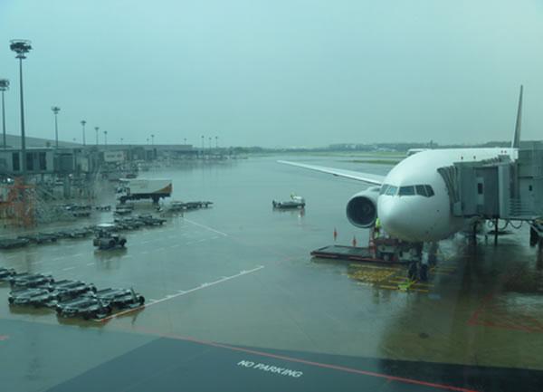 2012年11月 シンガポール航空 SQ635 搭乗記