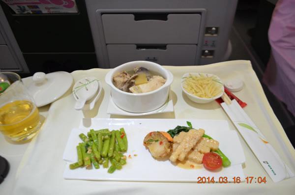 2014年3月 エバー航空 BR190 機内食