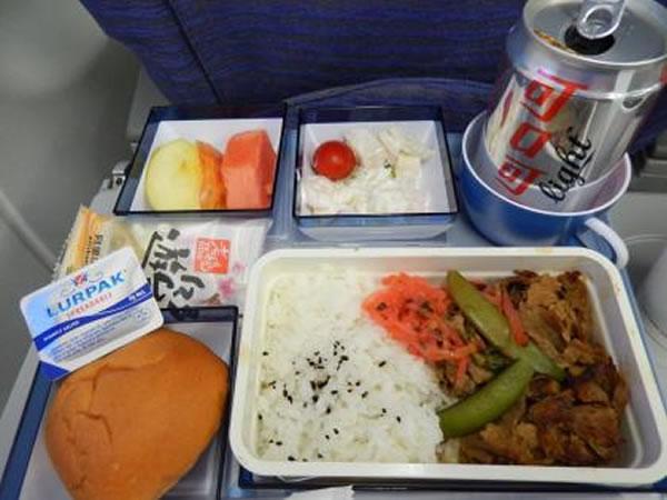 2014年7月 チャイナエアライン CI222 機内食