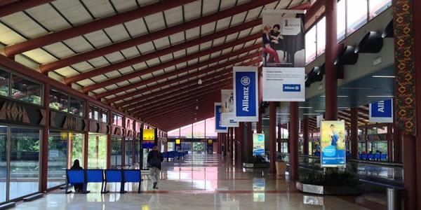 ジャカルタ スカルノハッタ国際空港 ターミナル